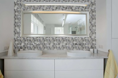 Bathroom tile, backsplash tile, custom tile, art glass tile, modern bathroom, Seto tile, glass tile, modern tile, gray tile,